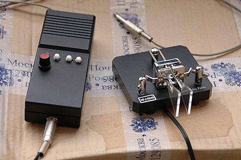 Схема при включении заработала сразу.НО.  Ключ на транзисторе,который в схеме один одинешенек, ни как не хотел...