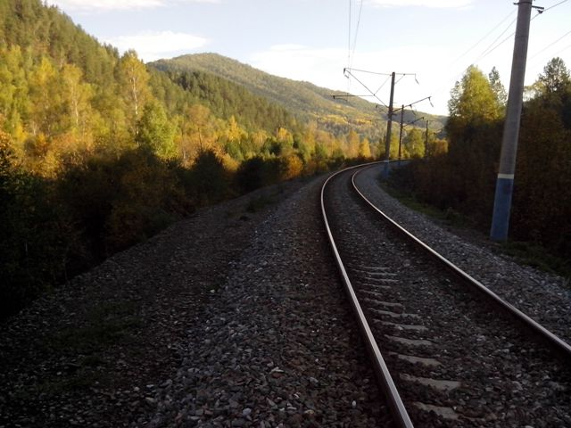 01_railway.jpg