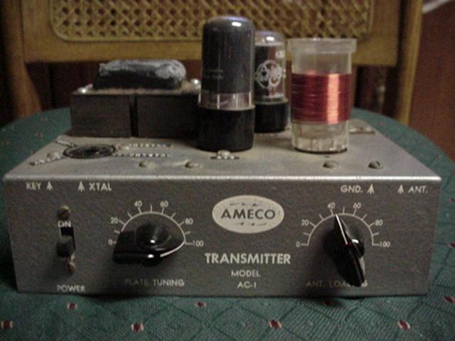 Пусть звуковое напряжение, поступающее от микрофонного усилителя, изменяется по синусоидальному закону.